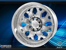 Race wheel in Chrome finish