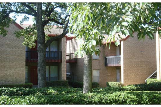 Londonderry Oaks Apartments Denton Tx