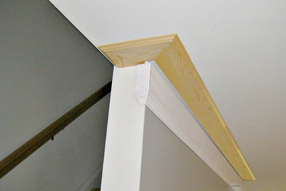 Crown Molding Traditional And Contemporary Options Doityourself Com