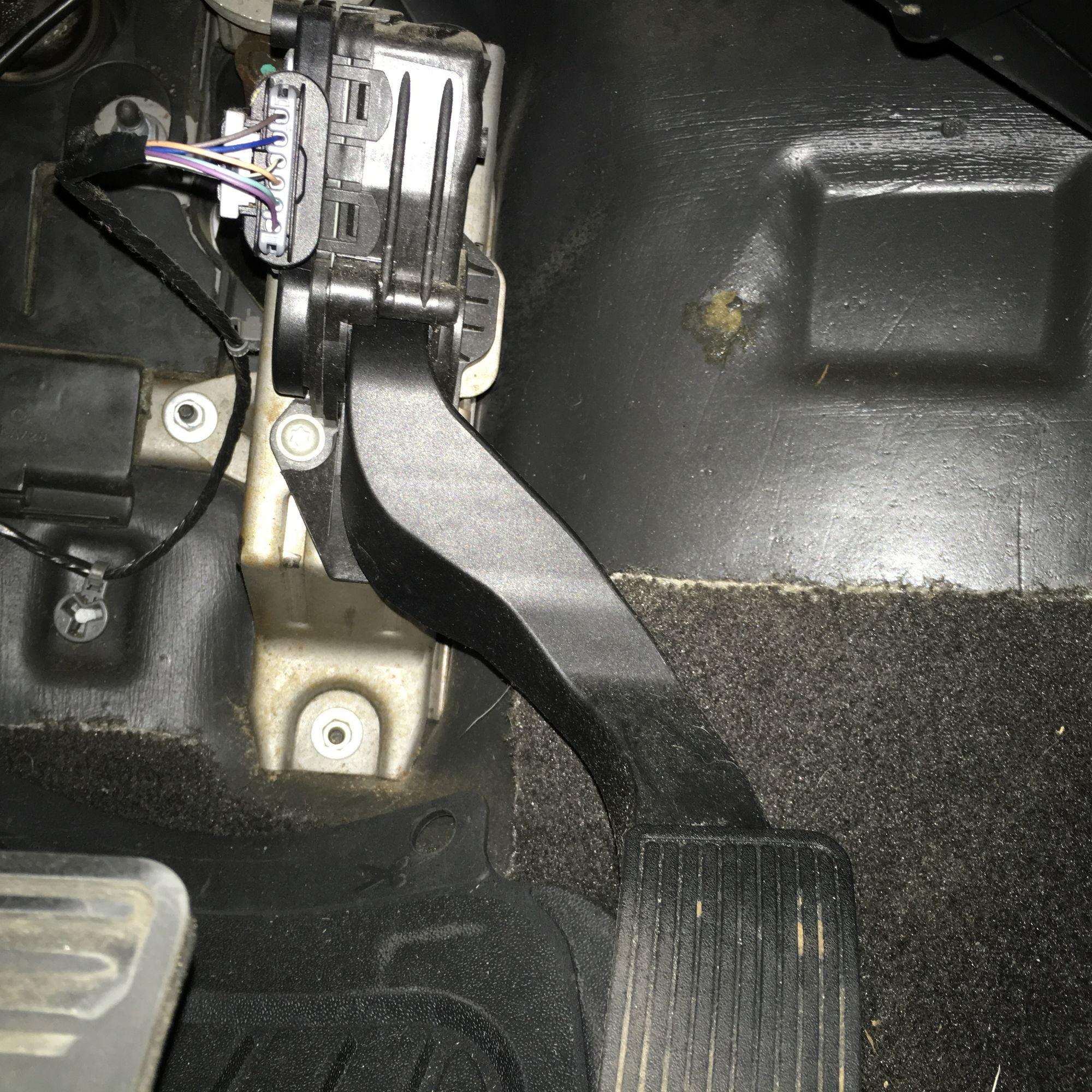Trailer Plug Wiring Moreover 2007 Chevy Silverado Trailer Wiring
