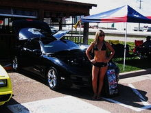 Hooters Car Show 2007