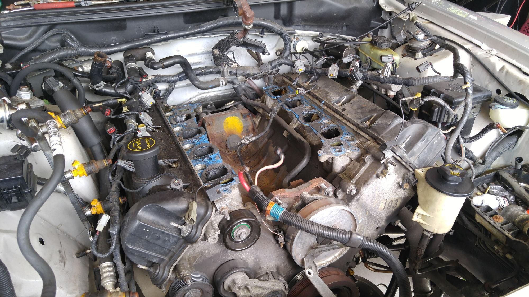 2002 mustang gt 4 6l engine and manual transmission. Black Bedroom Furniture Sets. Home Design Ideas