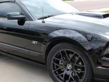 Garage - Black Vert