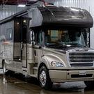 2019 Dynamax Corporation DynaQuest XL 3801TS Luxury Super C