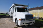 Freightliner toterhome  for sale $67,500