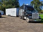 1996 freightliner toter 2003 haulmark stacker  for sale $48,000