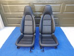Porsche Cayman 981 OEM power sport seats – blk leather  for sale $1,800