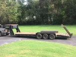 Hurst gooseneck heavy duty equipment trailer  for sale $4,250