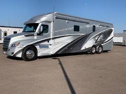 2021 RENEGADE XL 43DB QUAD SLIDE 600HP MOTORHOME for Sale $579,500