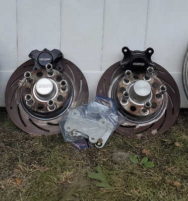 Strange front drag racing brake hub and brakes