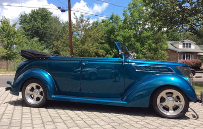 1937 FORD 4DOOR CONVERTABLE- RARE