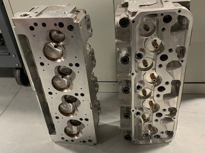 Set of Roush Yates D3 Cylinder Heads for Small Block Ford -