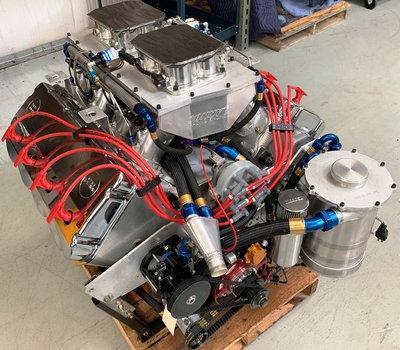 Sonny's 828 cu.in. 5.3 Bore Spacing EFI Engine