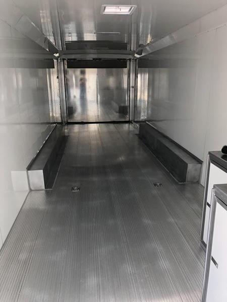 2020 Sundowner 8.5X32 BATHROOM PACKAGE RACE TRAILER....STOCK