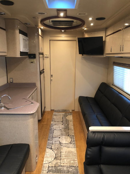 2001 FEATHERLITE 24' COACH & 38' LIFTGATE TRAILER