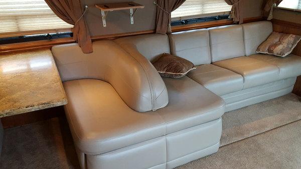 2007 Haulmark 45' Motorhome Toterhome Mercedes 450HP 2-Slide  for Sale $169,900