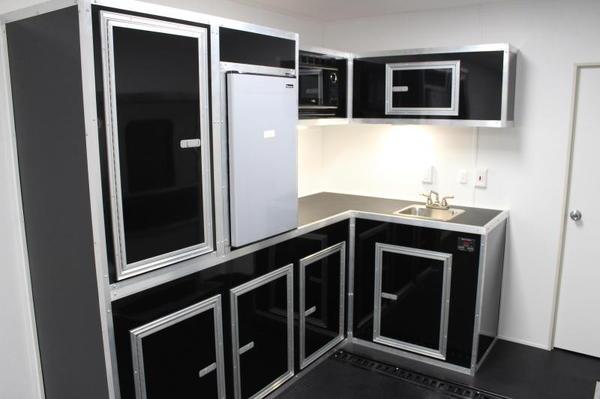 Full Bathroom 2020 40' Millennium Gooseneck