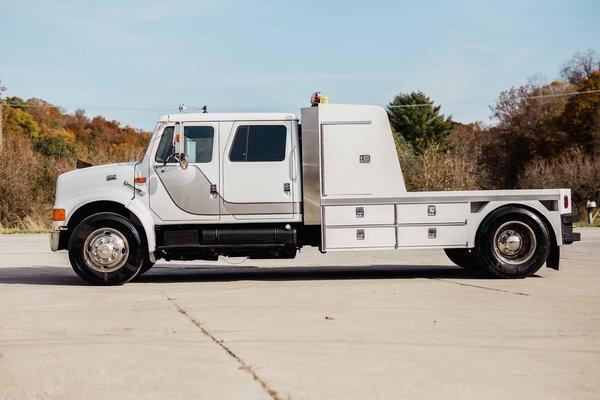 INTERNATIONAL 4700 DT530 HAULER TRUCK  for Sale $38,500