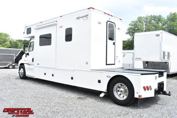 2020 RENEGADE 15' TOTERHOME WITH 2-SLIDES