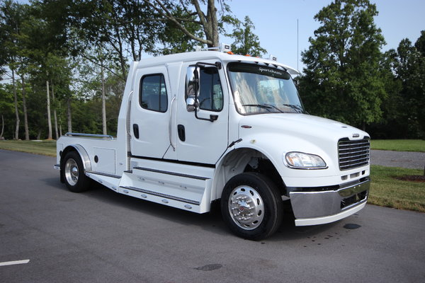 2014 Freightliner® SPORTCHASSIS M2-106 for sale in Mocksville, NC, Price:  $119,995