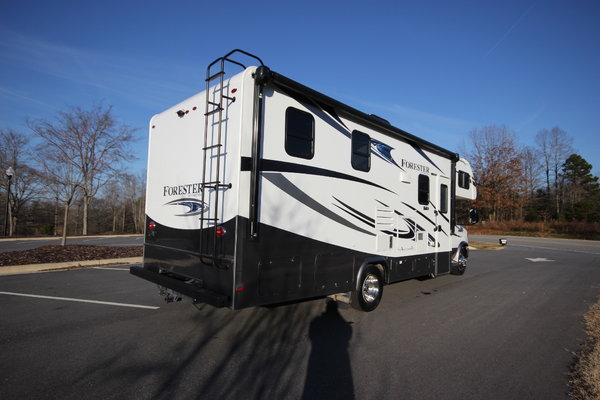 2018 Forest River FORESTER M2421 Class C Motorhome