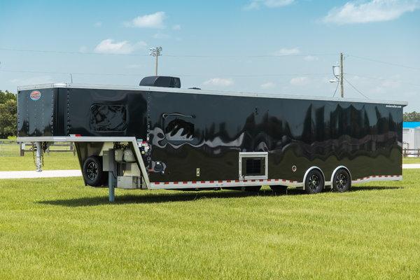 "2020 Sundowner 1786GM ""Race Look"" - 42' Toy Hauler  for Sale $65,900"