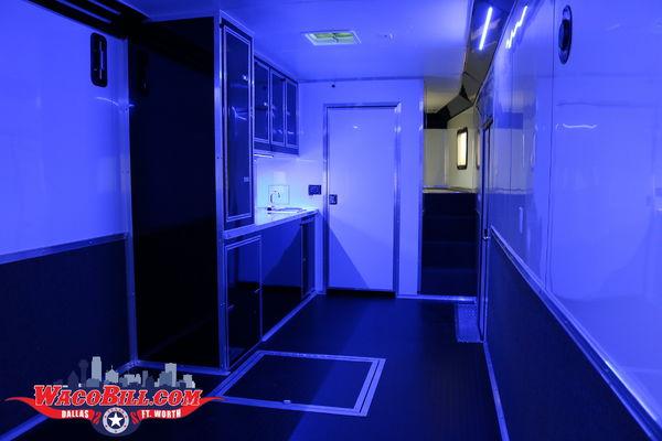 44' Auto Master Bathroom Race Trailer Wacobill.com