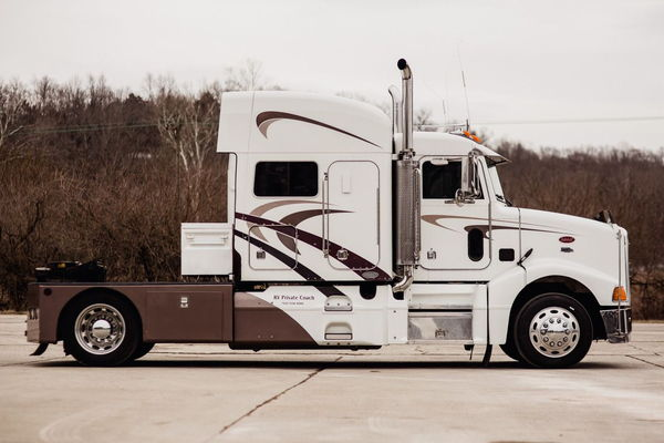 2005 PETERBILT C13 CAT CUSTOM HAULER R  for Sale $105,000