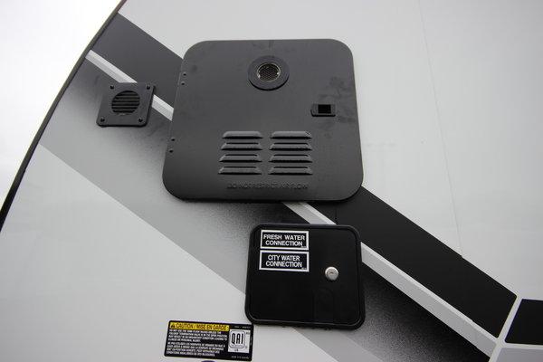 2021 ATC Game Changer Pro Series 2823 28ft. Aluminum Toy Hau
