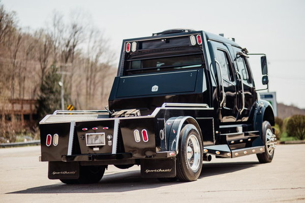 2007 FREIGHTLINER M2-106 SPORTCHASSIS  for Sale $76,500