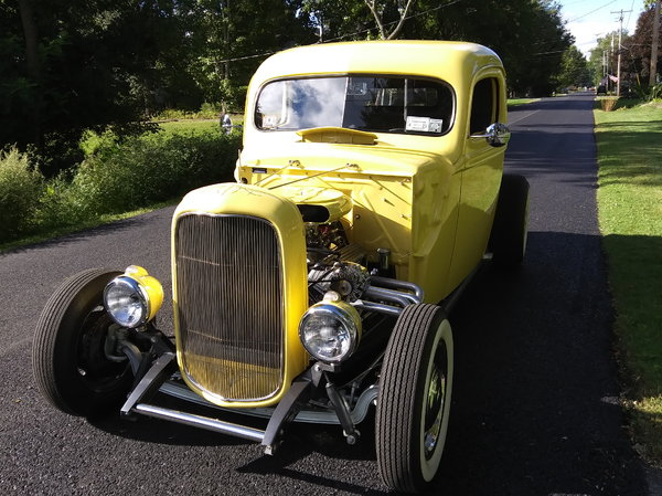 1932 Ford coupe frame, chopped and channeled 46 Ford cab.