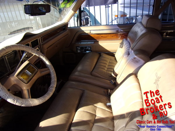 1983  lincoln   Continental Mark VI  for Sale $8,900
