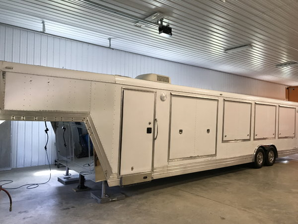 2005 Featherlite-4940  for Sale $29,500