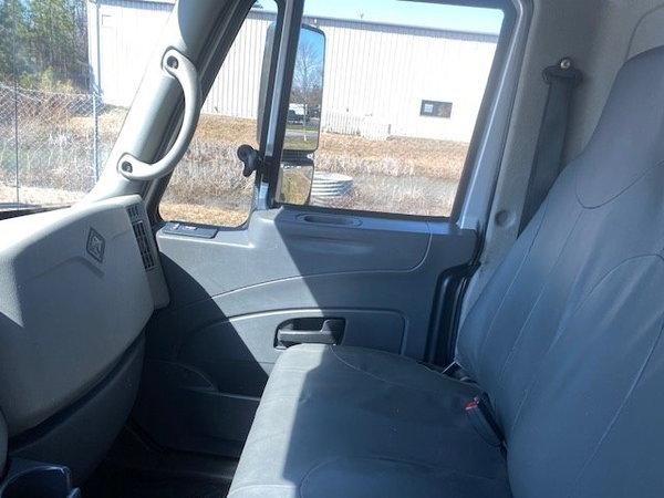 2009 International 4300 Series Baby Cxt Regular Cab 8 Foot B  for Sale $37,995
