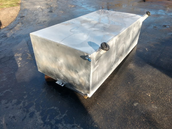 Auxiliary bed mounted 150 gallon fuel tank  for Sale $500