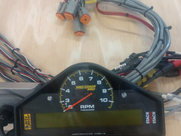 Autometer ST269603 display & complete system