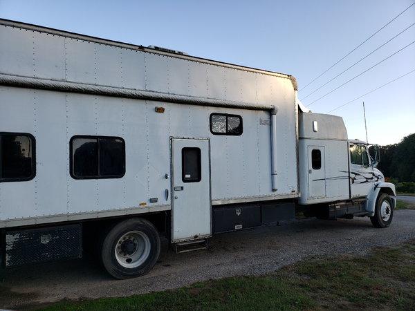 Freightliner  for Sale $16,000