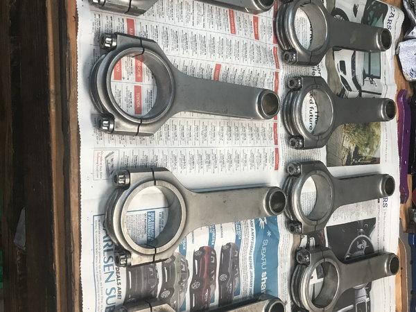 Je race pistons bbc 4.606 bore eagle rods l-19 bolts  for Sale $800