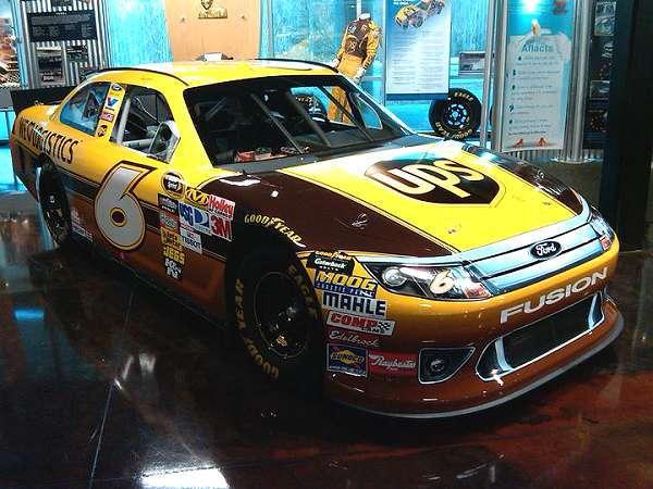 FORD NASCAR ROUSH YATES #6 UPS CAR ROAD RACE READY