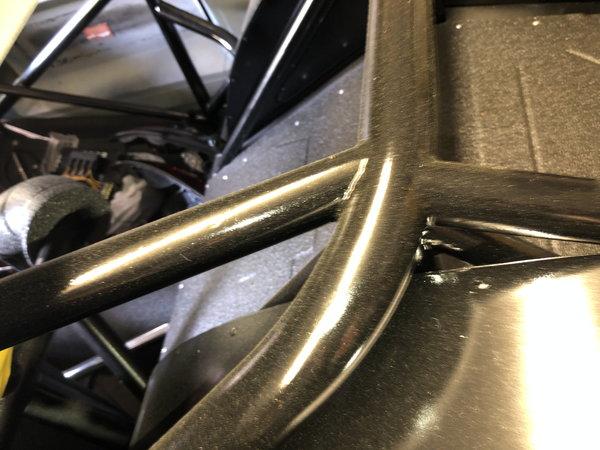CM Full chassis's Camaro 1996