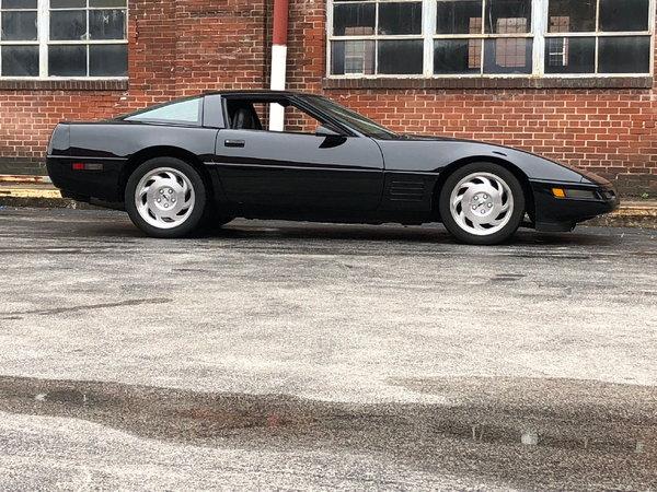1994 Chevrolet Corvette 2dr Hatchback