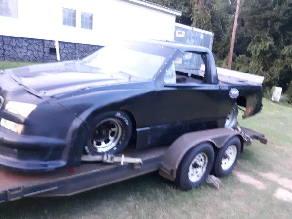Asphalt or dirt pro race truck