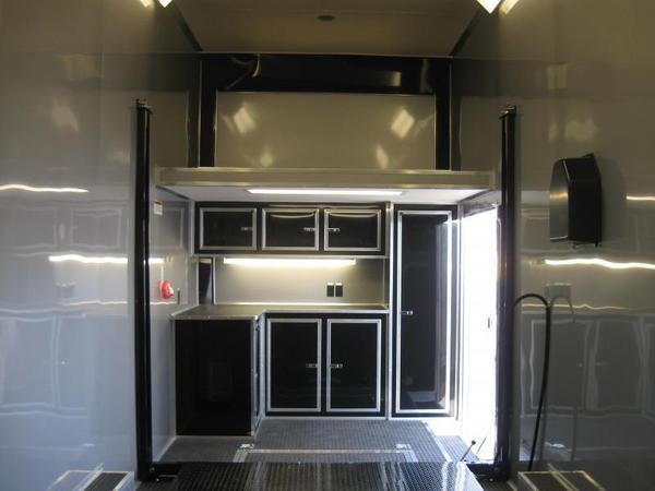 STACKER 24' 2019 6k Titan Full Floor Lift LOADED