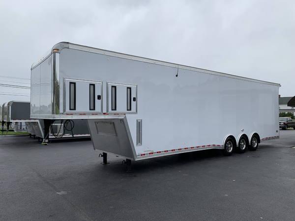 38 United Dirt Late Model Gooseneck SuperHauler Race Trailer  for Sale $37,995