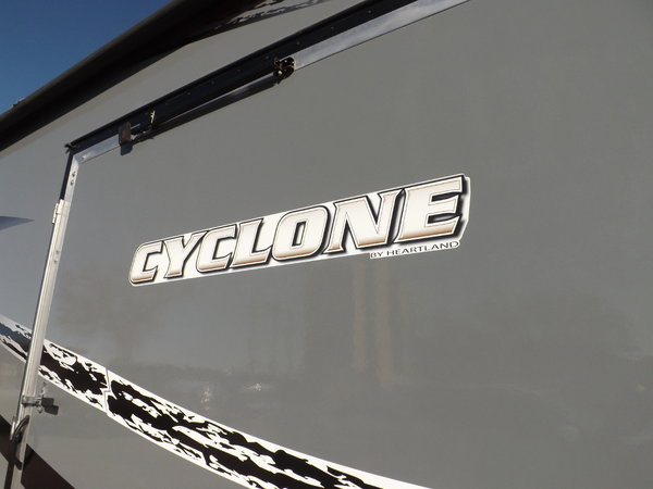 """2016 TOYHAULER """"Cyclone 4600"""" For Sale"""
