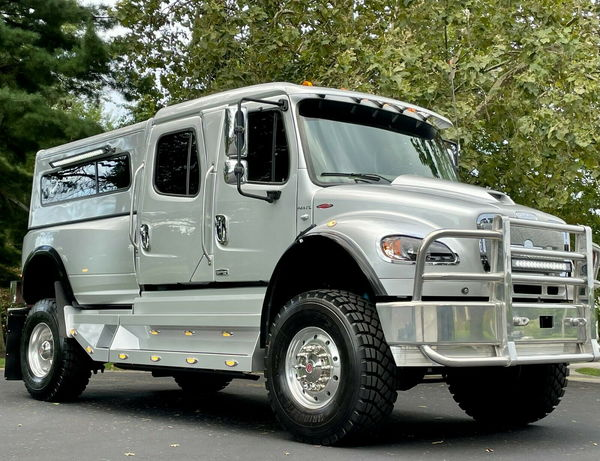 2009 FREIGHTLINER SPORTCHASSIS P4XL CUMMINS 4X4  for Sale $250,000