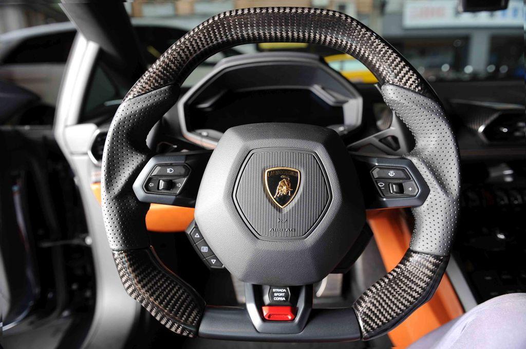 DCT MOTOR SPORTS is offering fully custom steering wheels ...