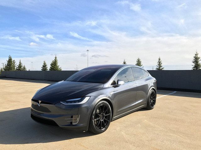 2016 tesla model x 75d suv 6speedonline porsche forum and luxury car resource. Black Bedroom Furniture Sets. Home Design Ideas