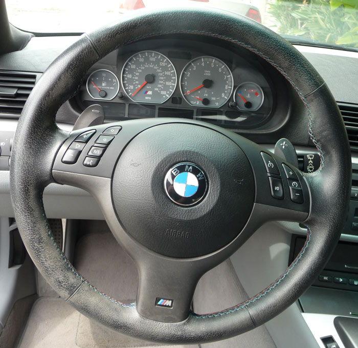 A1 Steering Wheel Peeling