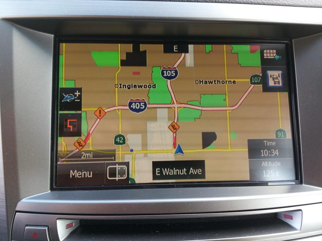 Subaru Legacy 2.5i Sport navigation